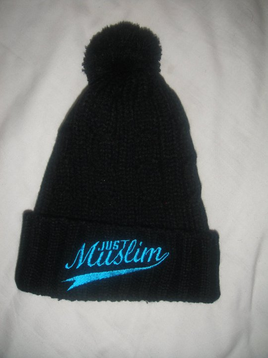 Just Muslim Classic Black & Blue Bobble Hat